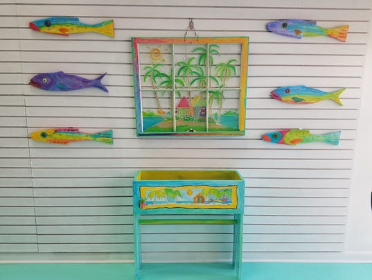 Artful Shopper Salty Dog Gallery Gifts On Fort Myers Beach