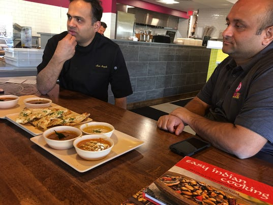 Flavors of india international chef was consult on tandur for Kitchen 919 knoxville tn menu