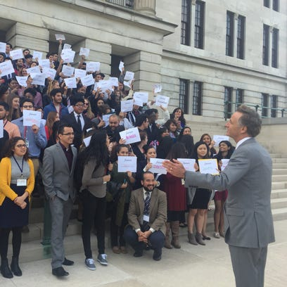 Undocumented immigrants in Tennessee cheer another chance at in-state tuition
