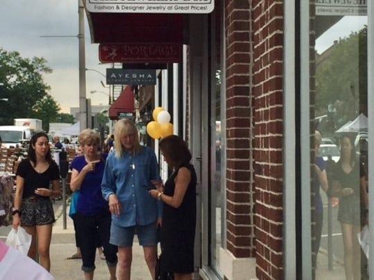 Englewood's sidewalk sale