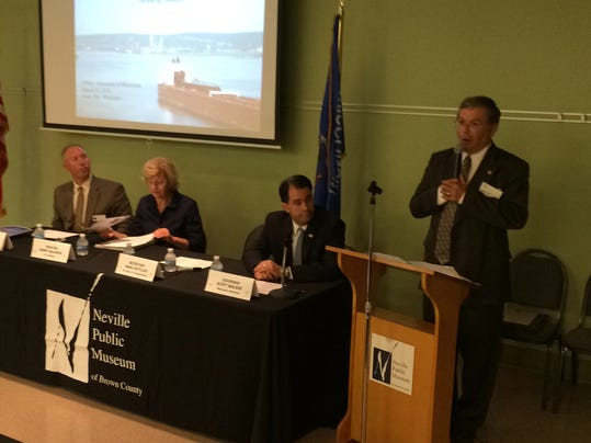 -WI commercial ports meeting.JPG_20140821.jpg