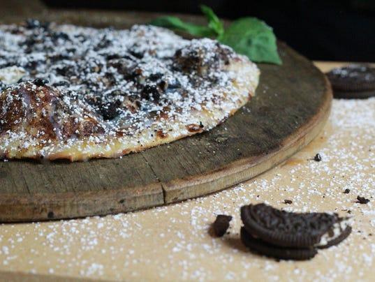 636603452111313551-Pizza-Rev-dessert.JPG