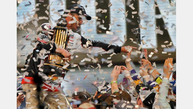 Oklahoma's Edwin Evers captures the 2016 Bassmaster Classic title.