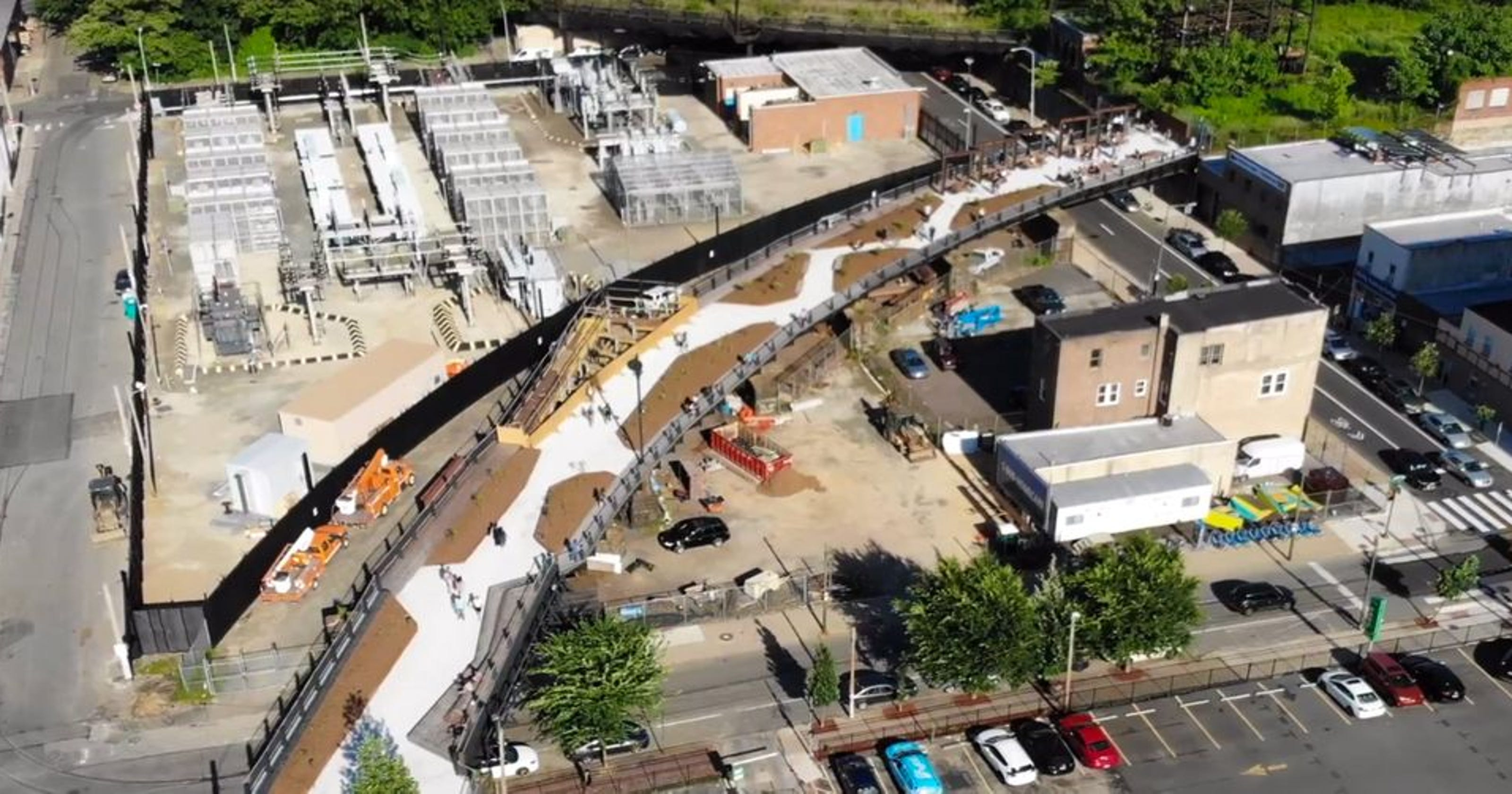 Rail Park drone video: An overview of Philly's newest ...
