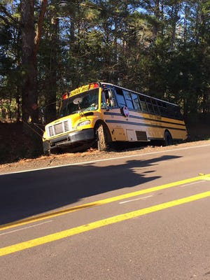 Bus accident Mississippi 463 in Madison County.