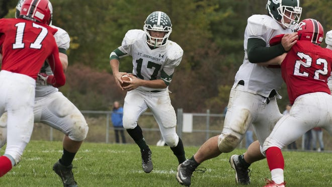 St. Johnsbury's Collin Urie (17), despite an injury last week, is expected to suit up in the Division I high school football state championship game against Hartford.