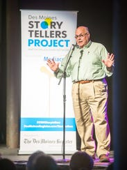 Abe Goldstien speaks at the Des Moines Storytellers