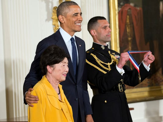 AP OBAMA SCIENCE TECHNOLOGY MEDALS A USA DC