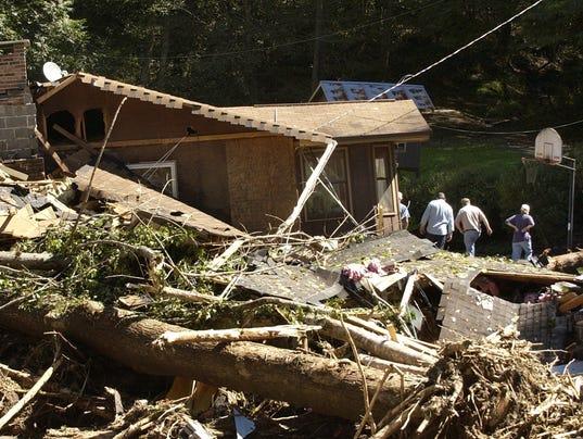 2004-floods-13.jpg