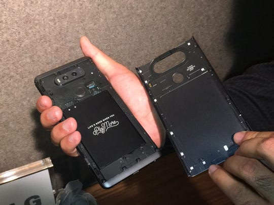 The V20 battery can be removed.