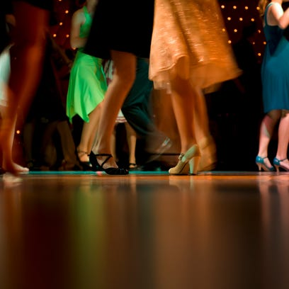 High schoolers don't just go to prom hand-in-hand with