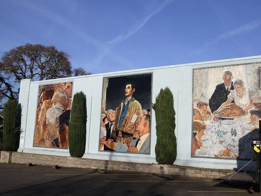 SAL1128-SIL PD murals