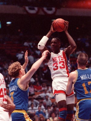 Former Net Charles Shackleford, shown here in 1990, was found dead in his North Carolina home last week.