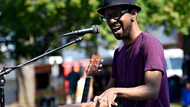Elijah Cross performs during What the Food Trucks at Penn Park in York City, Sunday, Sept. 4, 2016.  Dawn J. Sagert photo