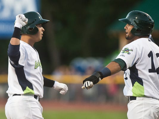 BUR20150619lakemonsters3
