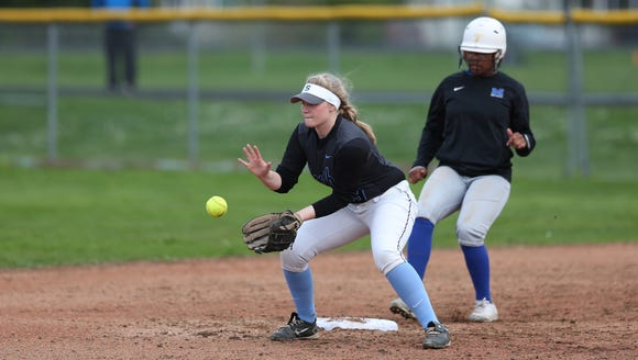 South Salem's Olivia Wolf and the Saxons fall to McNary