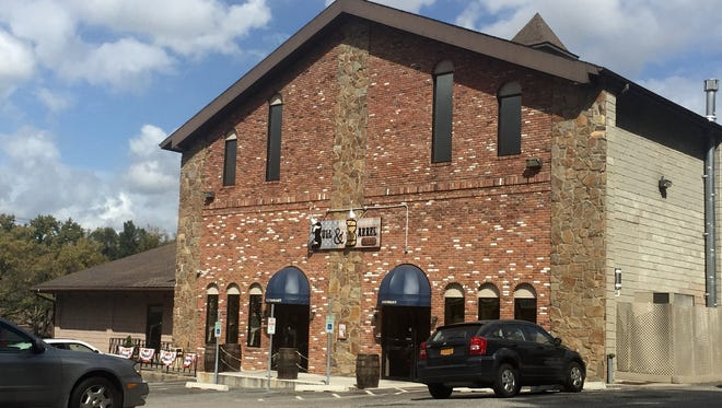 State officials fined a Southeast bar, Bull & Barrel Brew Pub, $2,000 for a May parking lot stabbing.