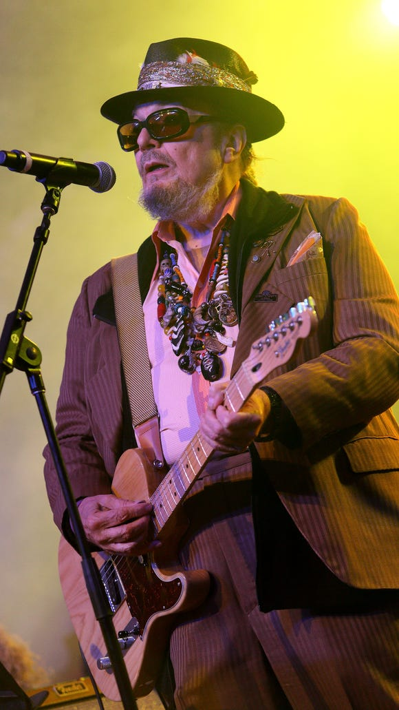 Dr. John performs at the 2013 Voodoo Music + Arts Experience