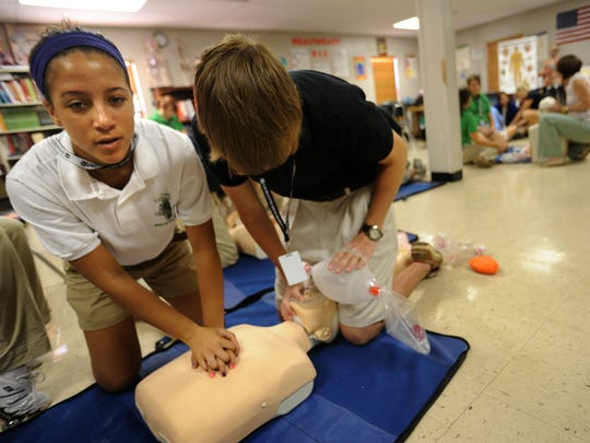 Lafayette High Academy of Health Careers students perform