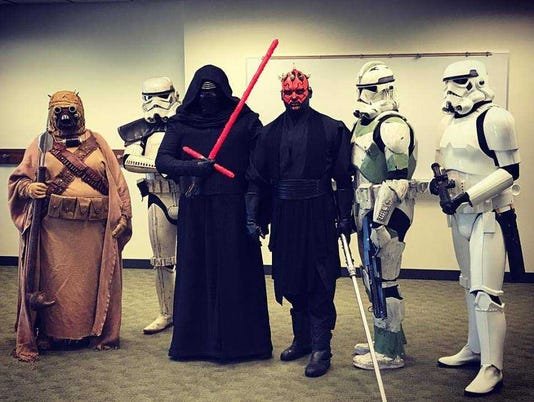 636650904292595250-star-wars-at-muskego-library.jpg