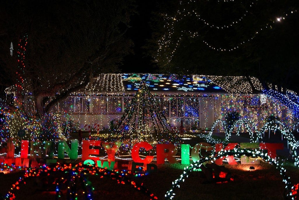 High Quality Only In Arizona: Light Show Put On By Neighbors Started 67 Years Ago As A  Friendly Competition And Has Grown Into One Of The Stateu0027s Most Iconic  Holiday ...