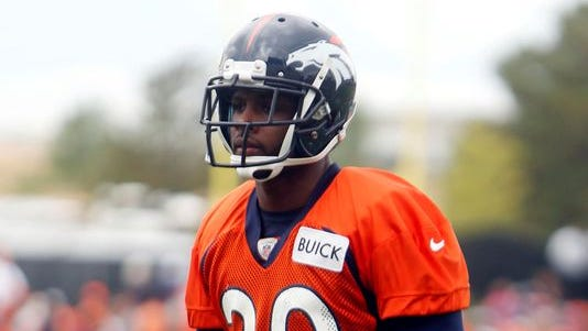 The Colts have signed former Broncos safety Mike Adams to add depth in their secondary.