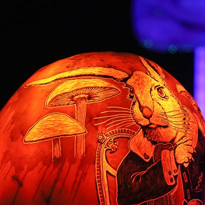 The Jack-O-Lantern Spectacular is back. Here's how to get in free
