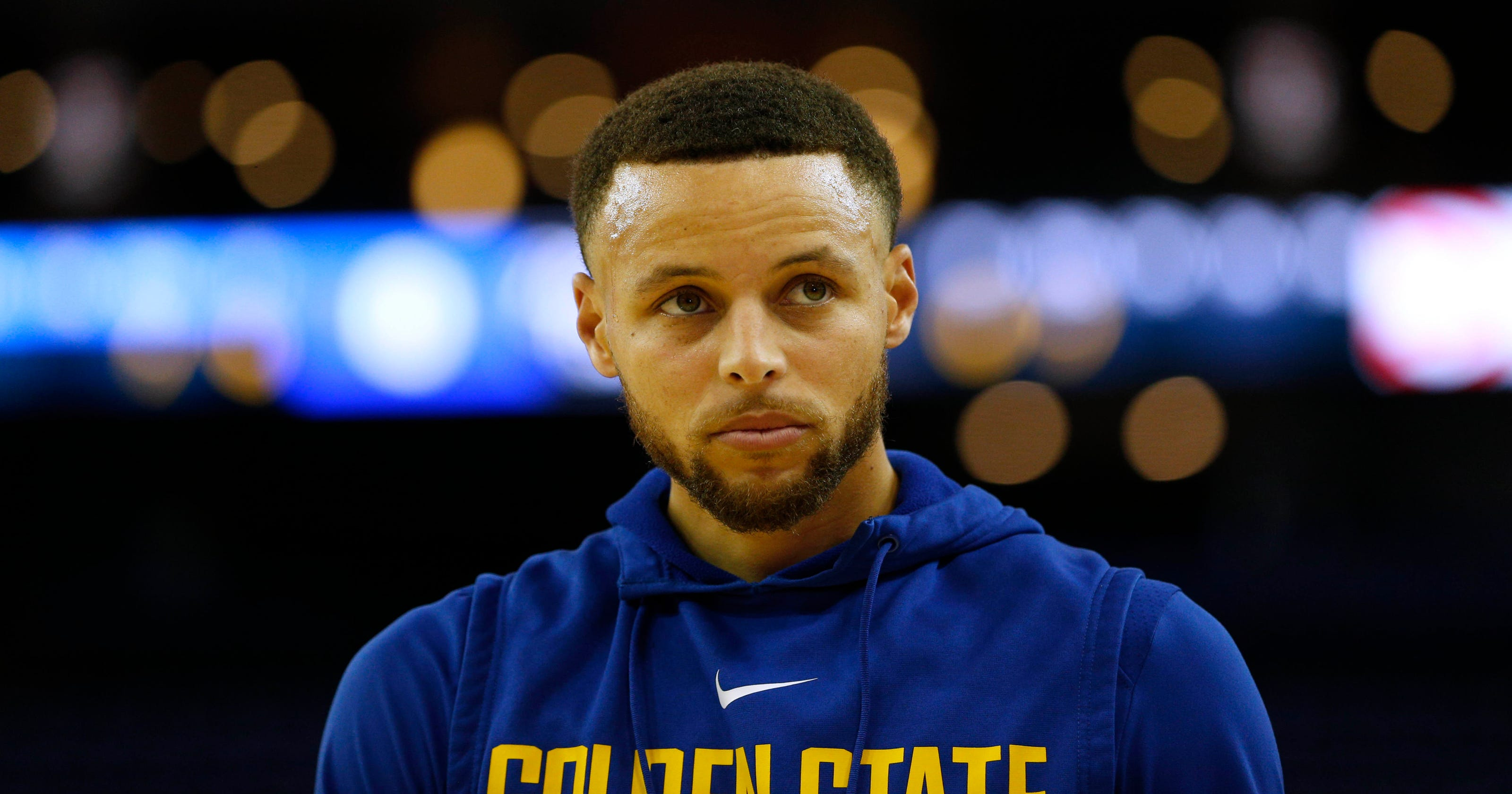Steph Curry s knee injury a problem for Warriors with playoffs nearing a428c9e91