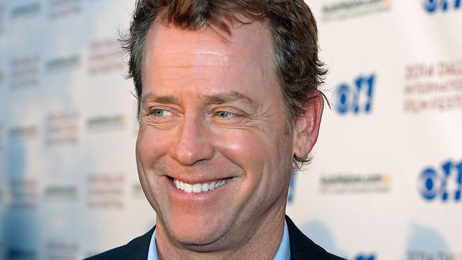 Actor Greg Kinnear is 51.