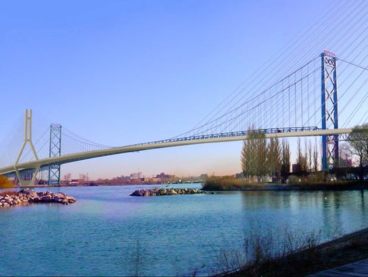 636651181512968629-moroun-bridge-trump2.JPG