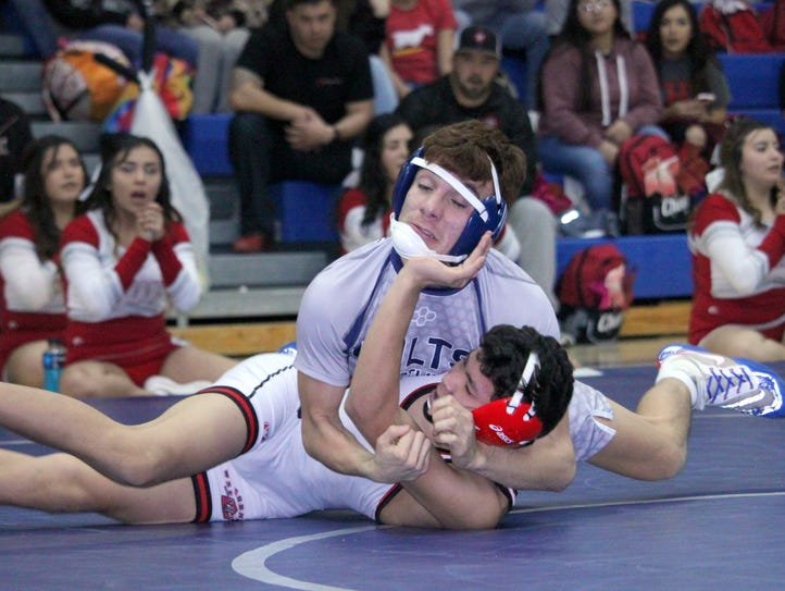 Silver High's Zeke Marquez locks in this pinning combinatoin
