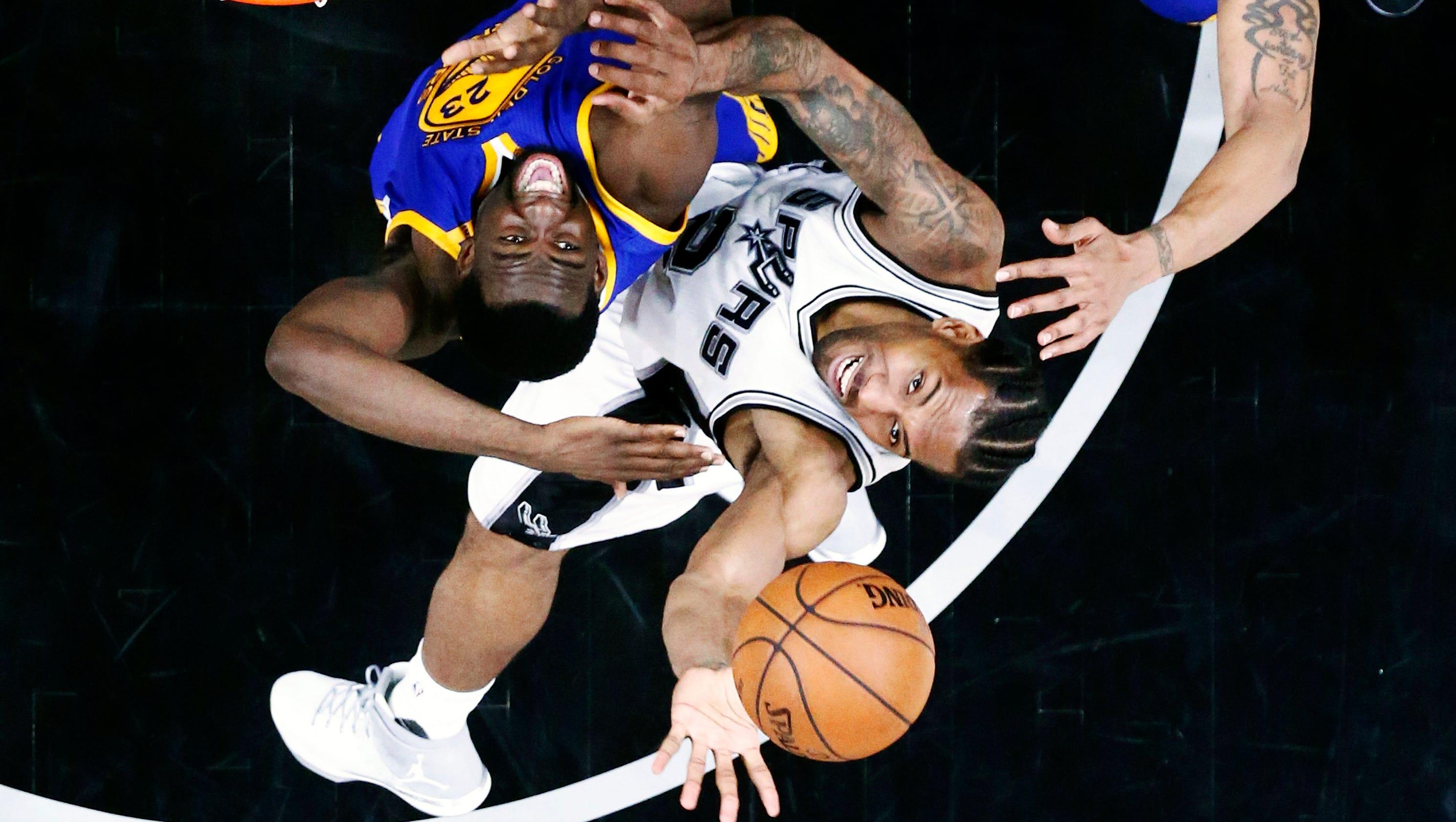 636302887463295104-epa-usa-basketball-nba