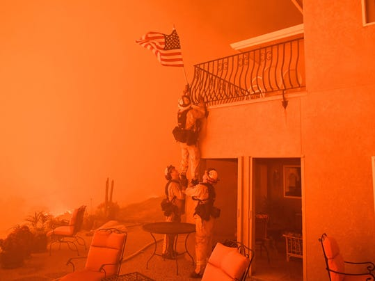US-ENVIRONMENT-FIRE-CALIFORNIA-AFP PICTURES OF THE YEAR 2017