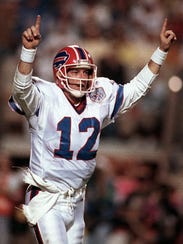 Former Bills quarterback Jim Kelly guided Buffalo to