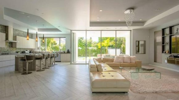 A look inside Ben Simmons and Kendall Jenner's $25K per month LA rental