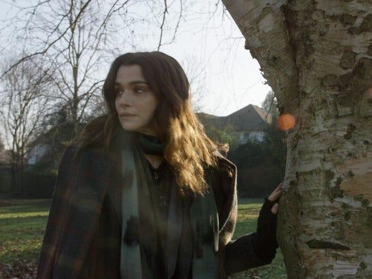 """Rachel  Weisz  stars  as  Ronit  Krushkain  Sebastián  Lelio's """"Disobedience,""""  a  Bleecker  Street release"""