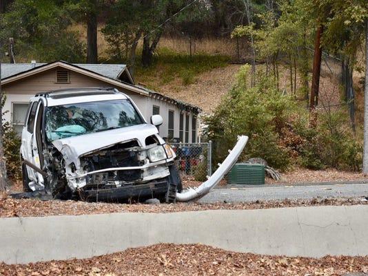 636449102402462358-Ojai-crash-VCFD.jpg
