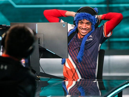 "Dominique ""SonicFox"" McLean competes at the 2017 E-League tournament in his customary blue fox hat."