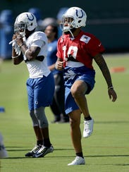 Indianapolis Colts wide receiver Donte Moncrief (10)