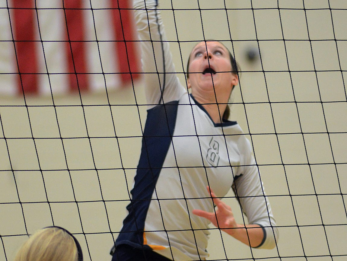 Hartland's Jenna Lyzak was a force in the middle, helping her team reach the district finals for the third straight year with a 3-2 win over Brighton on Wednesday night.