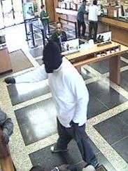 moss st bank robbery 1.jpg