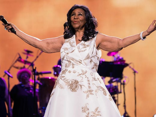 "Aretha Franklin performs at the world premiere of ""Clive"