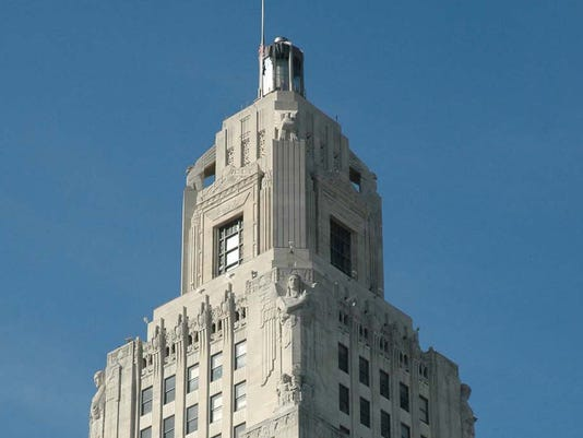la- State Capitol.jpg