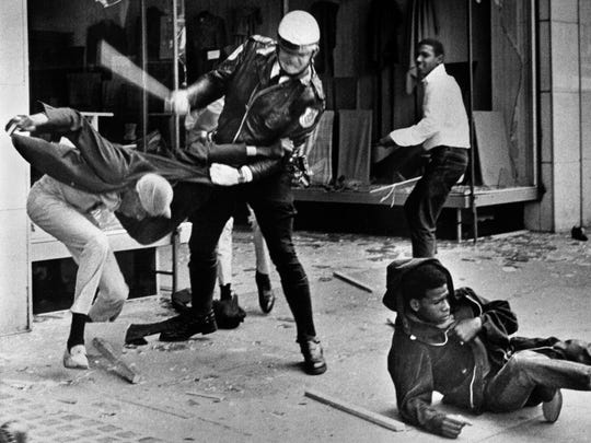 A nonviolent march down Beale led by Dr. Martin Luther King Jr. on March 28, 1968, turned to chaos after youths broke windows and looting spread. Police responded with force.