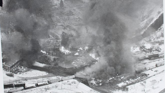 Belt burns in this aerial photograph from Nov. 26, 1976