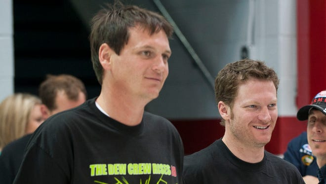 Dale Earnhardt Jr.'s crew chief, Steve Latarte (left) will leave will leave his current role for an analyst job at NBC Sports beginning in 2015.