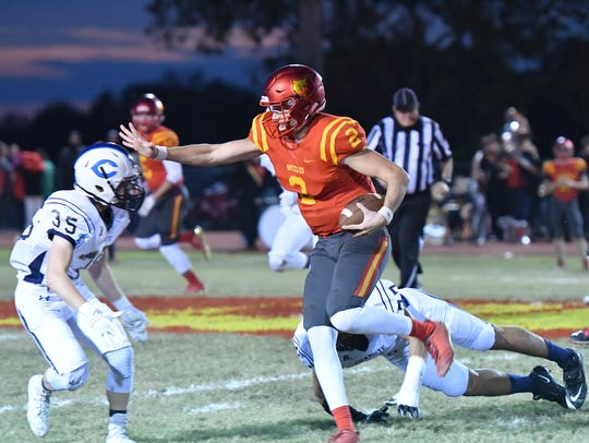 Iowa State 2019 QB enrollee Easton Dean (No. 2) rushes the ball while he was in high school Labette County High in Altamont, Kansas.