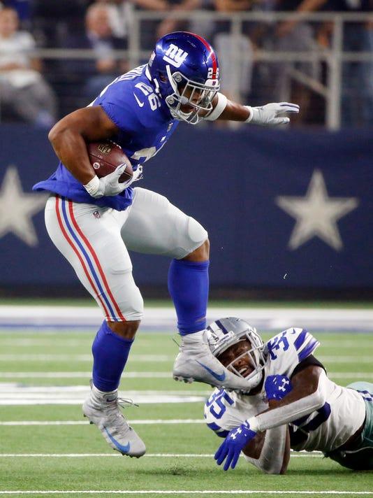 Giants_Cowboys_Football_54431.jpg