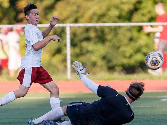 Bishop Ahr at Highland Park boys soccer