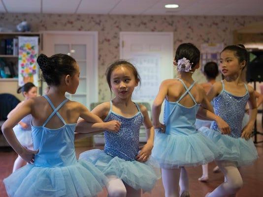 635982237301110704-Ballet-2.jpg